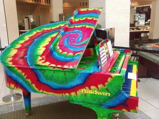 tye-dye-piano
